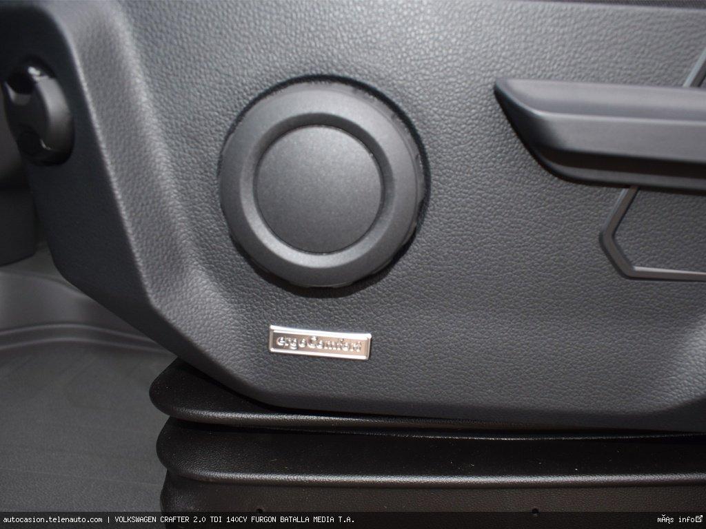 Volkswagen Crafter 2.0 TDI 140CV FURGON BATALLA MEDIA T.A.  Diesel kilometro 0 de segunda mano 7