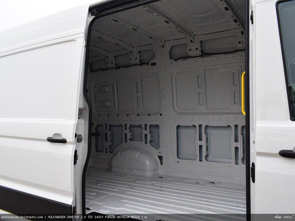 Volkswagen Crafter 2.0 TDI 140CV FURGON BATALLA MEDIA T.A.  Diesel kilometro 0 de segunda mano 9