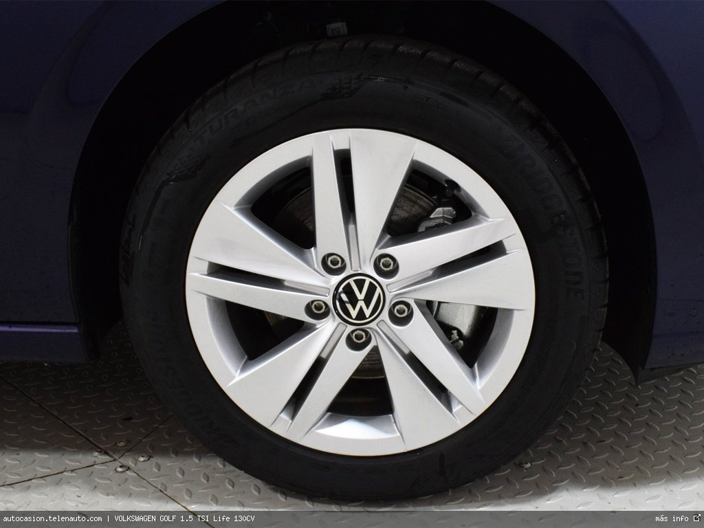 Volkswagen Golf 1.5 TSI Life 130CV Gasolina kilometro 0 de segunda mano 11